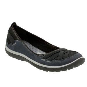 Clark's   Aria Pump Slip On Shoes